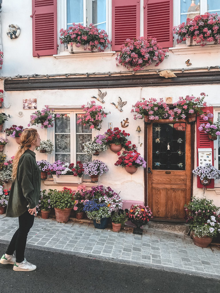 Baie de Somme Saint Valery sur Somme rues fleuries
