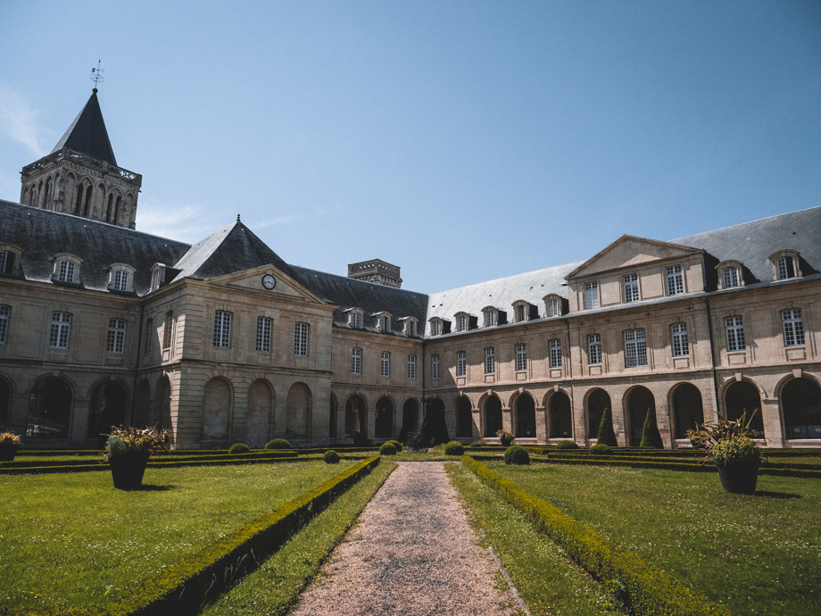 abbaye aux dames weekend à Caen en train depuis Paris
